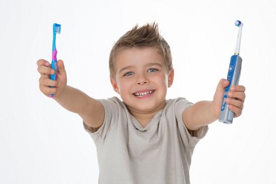 Elektrische Zahnbürste - welche Unterschiedlichen Techniken gibt es